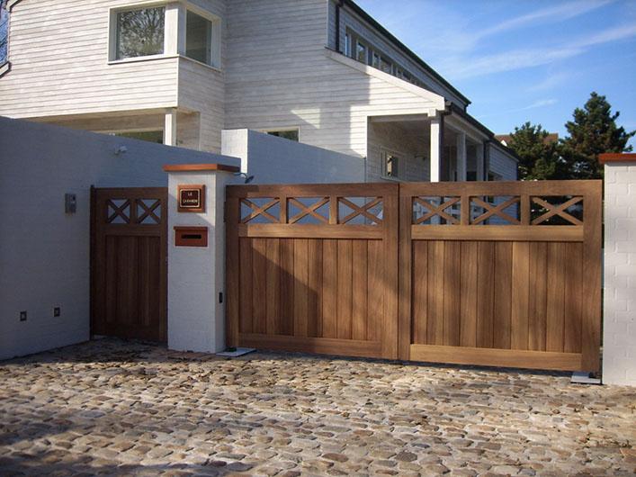 Houten poort - Deburghgraeve